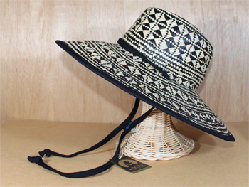 Livity Fireball Beach Hat