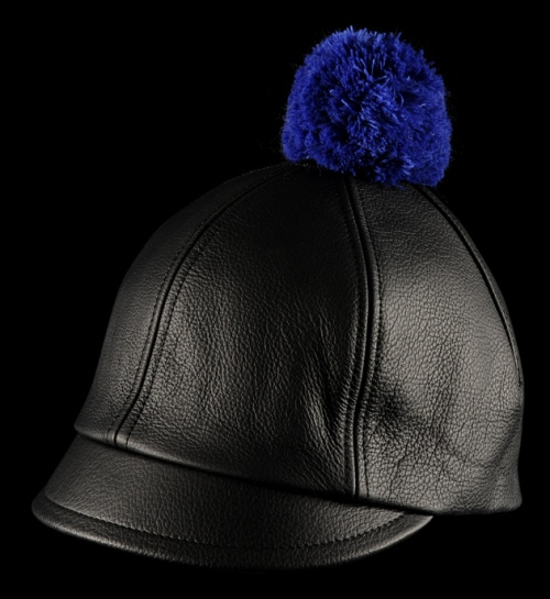 Costo 'Kombai' hat in black leather - €89